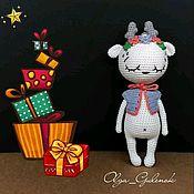 Куклы и игрушки ручной работы. Ярмарка Мастеров - ручная работа Белый олень украшенный цветами и жемчугом. Handmade.