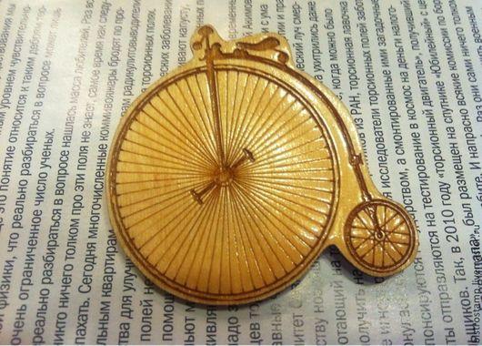 Броши ручной работы. Ярмарка Мастеров - ручная работа. Купить Брошь Старинный велосипед, ретро-байк. Handmade. Бежевый
