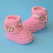 Работы для детей, handmade. Livemaster - original item Knitted handmade shoes Booties boots plush, pink. Handmade.