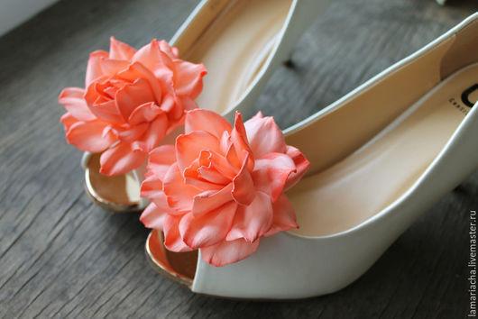 Одежда и аксессуары ручной работы. Ярмарка Мастеров - ручная работа. Купить Клипсы для обуви с розами из фоамирана. Handmade. Оранжевый, розы