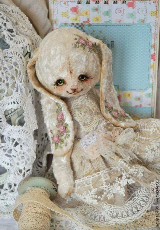 """Мишки Тедди ручной работы. Ярмарка Мастеров - ручная работа. Купить Плюшевая зайка """"Белоснежка"""". Handmade. Белый, плюшевая игрушка"""