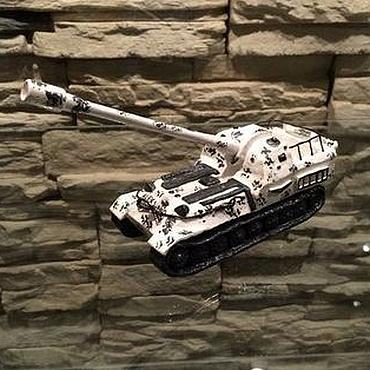 Девушка модель танка ручной работы работа в мчс в минске для девушек
