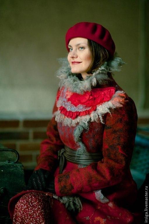 Верхняя одежда ручной работы. Ярмарка Мастеров - ручная работа. Купить Пальто валяное зимнее Марфушечка. Handmade. Ярко-красный