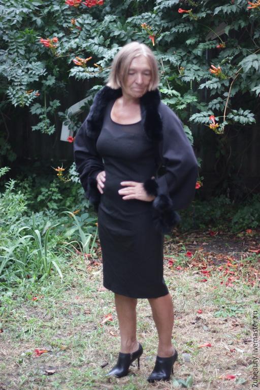 Трансформер. Жилет. Капюшон. Шраг. Накидка на платье.Вечернее платье.Чёрный,бежевый ,красный жилет капюшон. Вечерний наряд.