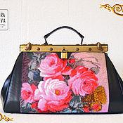 Сумки и аксессуары handmade. Livemaster - original item Leather bag handmade beaded Roses. Handmade.