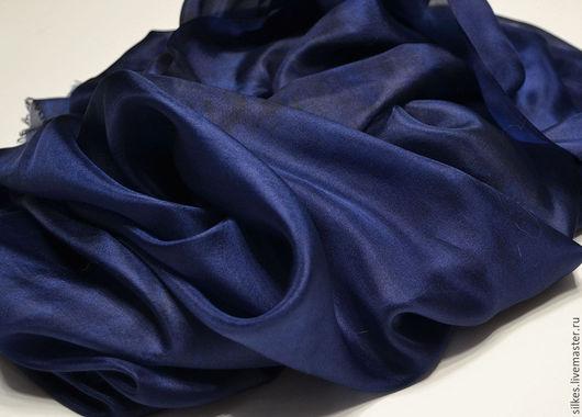 """Шали, палантины ручной работы. Ярмарка Мастеров - ручная работа. Купить Палантин  """"Королевский синий"""" батик, 100% шелк. Handmade."""