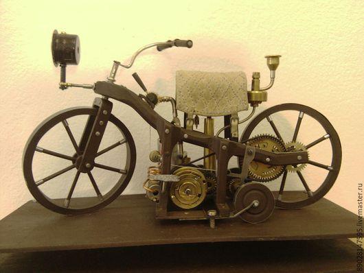 Элементы интерьера ручной работы. Ярмарка Мастеров - ручная работа. Купить Мотоцикл (1885) Первый мотоцикл. Handmade. Разноцветный, мотоциклист