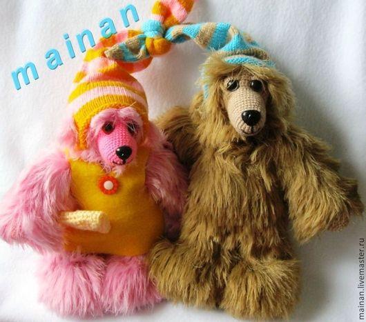 Они нежнейшие и пушистейшие создания, невероятно тискательные, будут хорошими друзьями и детям и взрослым. Отлично сыграют свои роли в виде подарка для счастливых влюбленных пар, а также как интерьерная композиция. Готовые игрушки 2500 руб.