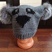 Аксессуары ручной работы. Ярмарка Мастеров - ручная работа шапка панда серая с меховыми помпонами. Handmade.