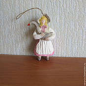 Подарки к праздникам ручной работы. Ярмарка Мастеров - ручная работа Девочка с гусем.Елочные игрушки из ваты. Handmade.