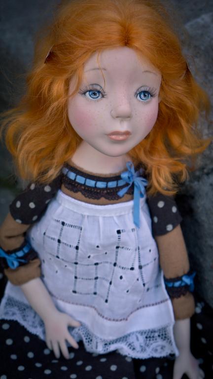 Коллекционные куклы ручной работы. Ярмарка Мастеров - ручная работа. Купить Девочка в фартучке. Handmade. Тёмно-синий, трессы