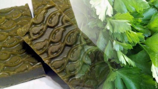 """Мыло ручной работы. Ярмарка Мастеров - ручная работа. Купить Натуральное мыло """"Петрушка, базилик и кервель"""".. Handmade. Мыло натуральное"""