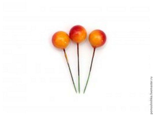Материалы для флористики ручной работы. Ярмарка Мастеров - ручная работа. Купить Декоративные ягодки на вставке 12 мм (жёлто-красные). Handmade.