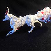 Куклы и игрушки ручной работы. Ярмарка Мастеров - ручная работа Князь Лис (фигурка белого лиса, кицунэ). Handmade.