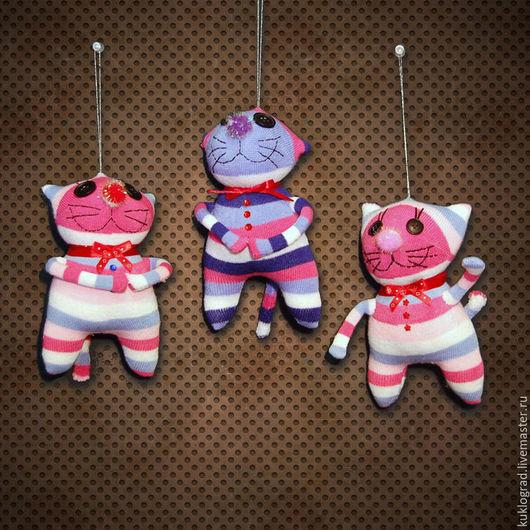 Игрушки животные, ручной работы. Ярмарка Мастеров - ручная работа. Купить Веселые котики, текстильная игрушка.. Handmade. Комбинированный