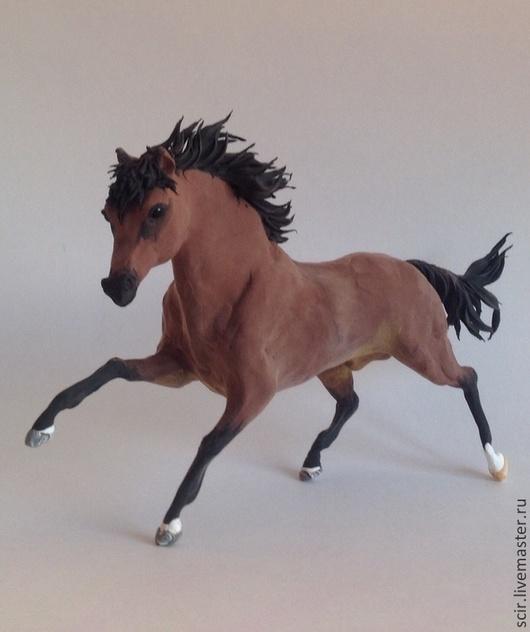 Игрушки животные, ручной работы. Ярмарка Мастеров - ручная работа. Купить статуэтка бегущей лошади (конь в галопе, статуэтка коня). Handmade.