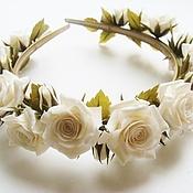"""Свадебный салон ручной работы. Ярмарка Мастеров - ручная работа Ободок-венок """"Белые розы"""". Handmade."""