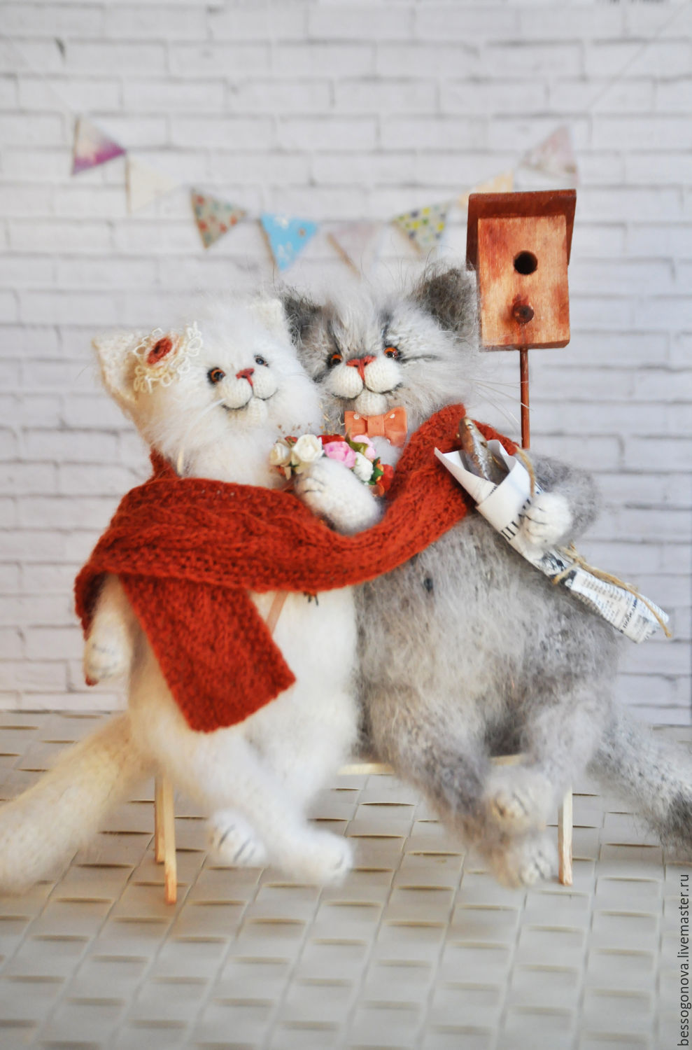 Author's crochet toy, Lemurr Growth cats OK 24-25 Scotti were knitted and crocheted from natural soft mohair, goat down and wool. Glass eyes. Inside the copper wire Kark