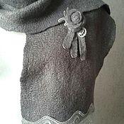"""Аксессуары ручной работы. Ярмарка Мастеров - ручная работа Шарф и брошь """"50 оттенков серого """" валяные. Handmade."""