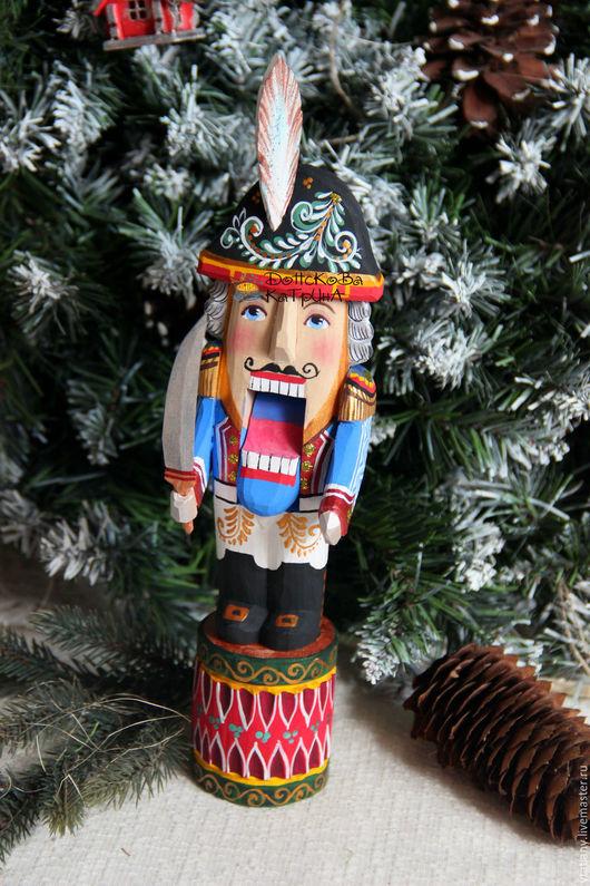 Новый год 2017 ручной работы. Ярмарка Мастеров - ручная работа. Купить Щелкунчик (резная расписная деревянная игрушка). Handmade. Щелкунчик