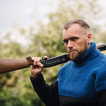 Одежда ручной работы. Ярмарка Мастеров - ручная работа Сине-черный вязаный свитер. Handmade.