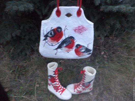 Обувь ручной работы. Ярмарка Мастеров - ручная работа. Купить валяный комплект Зима с варежками. Handmade. Белый, варежки валяные