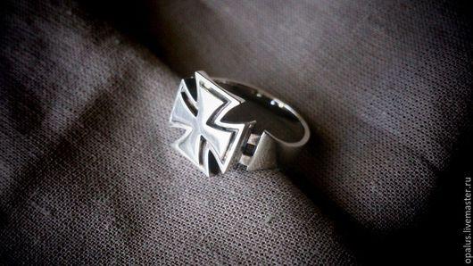 """Украшения для мужчин, ручной работы. Ярмарка Мастеров - ручная работа. Купить Перстень """"Мальтийский крест"""". Handmade. Мужской подарок"""
