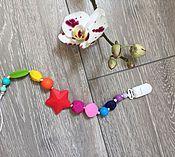 Работы для детей, ручной работы. Ярмарка Мастеров - ручная работа Радужный держатель для соски из пищевого силикона. Handmade.