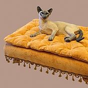 Для домашних животных, handmade. Livemaster - original item Bed on legs for a dog or cat. Available in size.. Handmade.
