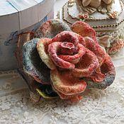 Украшения ручной работы. Ярмарка Мастеров - ручная работа Авторская брошь роза Разноцветие. Handmade.