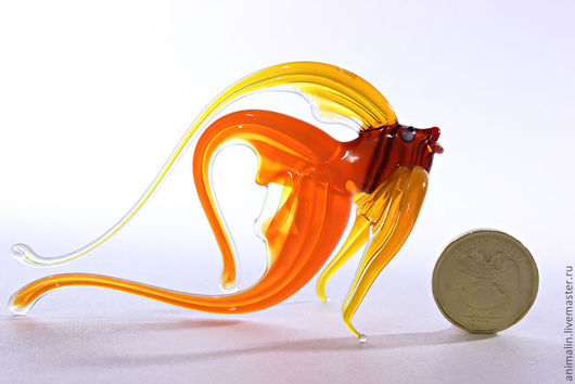 Статуэтки ручной работы. Ярмарка Мастеров - ручная работа. Купить Стеклянная фигурка  рыбки Августина. Handmade. Рыба, вода