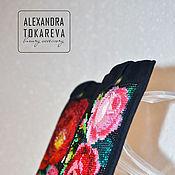 Сумки и аксессуары handmade. Livemaster - original item Gorgeous phone case, handmade beaded