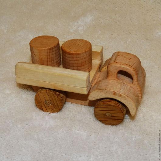 """Техника ручной работы. Ярмарка Мастеров - ручная работа. Купить """"Грузовичок"""" деревянная машинка с грузом на магнитах. Handmade. Игрушка для детей"""