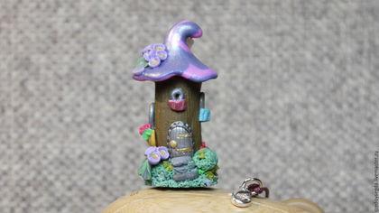 """Миниатюрные модели ручной работы. Ярмарка Мастеров - ручная работа. Купить Подвеска-статуэтка """"Домик гламурной феи"""". Handmade. Розовый"""