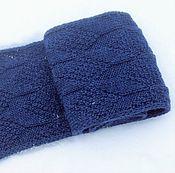 Аксессуары ручной работы. Ярмарка Мастеров - ручная работа Вязаный синий мужской шарф мужской шарф спицами ручной работы. Handmade.