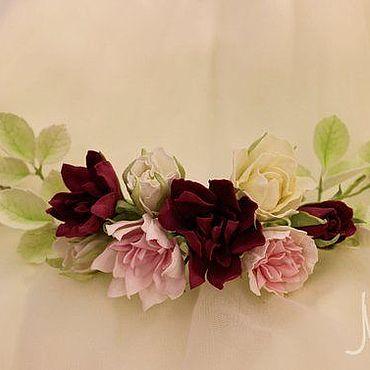 Свадебный салон ручной работы. Ярмарка Мастеров - ручная работа Полувенок на проволочной основе с цветами из фоамирана. Handmade.