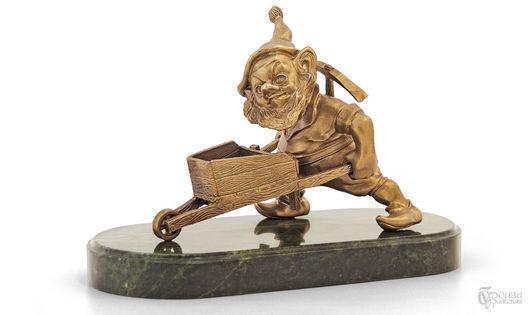 Элементы интерьера ручной работы. Ярмарка Мастеров - ручная работа. Купить Гном с телегой. Handmade. Гном, гномы, статуэтка, скульптура