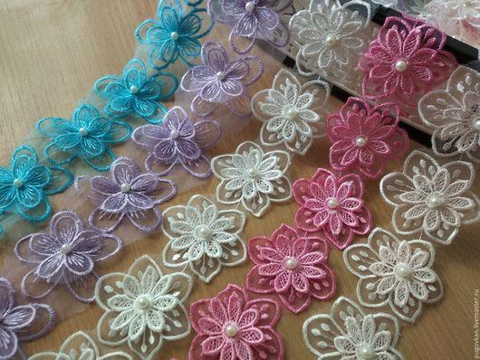 Аппликации, вставки, отделка ручной работы. Ярмарка Мастеров - ручная работа. Купить Цветочки 3D из органзы с бусинкой. Handmade.
