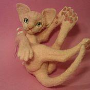 Куклы и игрушки ручной работы. Ярмарка Мастеров - ручная работа котик розовый корниш-рекс Eva. Handmade.