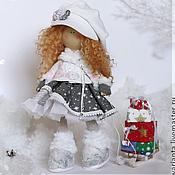 Куклы и игрушки ручной работы. Ярмарка Мастеров - ручная работа Зима. Кукла текстильная. Большеногая девочка. Constance. Handmade.