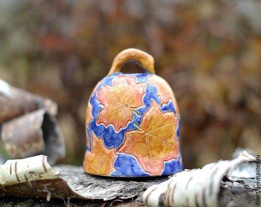 """Колокольчики ручной работы. Ярмарка Мастеров - ручная работа. Купить Авторский керамический колокольчик """"Рыжий лист кленовый"""". Handmade. Синий"""