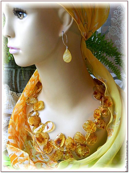 """Колье, бусы ручной работы. Ярмарка Мастеров - ручная работа. Купить Бусы """"Золотые лопушки""""  янтарь. Handmade. Колье, ожерелье"""
