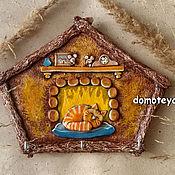 """Для дома и интерьера ручной работы. Ярмарка Мастеров - ручная работа Ключница """"Кот у камина"""". Handmade."""