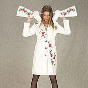"""Одежда ручной работы. Ярмарка Мастеров - ручная работа Вышитое пальто-плащ """"Шиповник"""", сапожки на заказ. Handmade."""