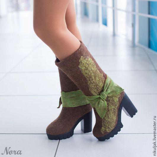 Обувь ручной работы. Ярмарка Мастеров - ручная работа. Купить Валяные зимние сапоги Оазис. Handmade. Коричневый, шёлк натуральный