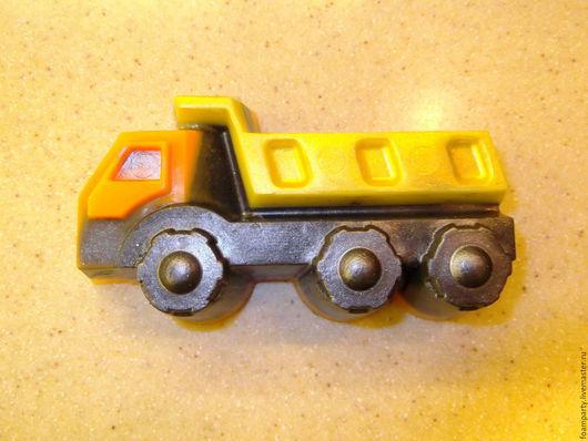 """Мыло ручной работы. Ярмарка Мастеров - ручная работа. Купить Мыло  """"Машина грузовая"""". Handmade. Разноцветный, машина, мыло-игрушка"""