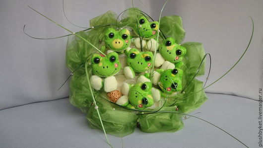 Персональные подарки ручной работы. Ярмарка Мастеров - ручная работа. Купить Букет из игрушек  Весёлые лягушата. Handmade. Зеленый, лягушки