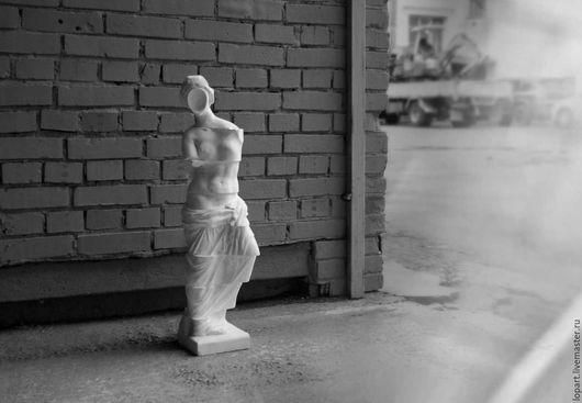 """Элементы интерьера ручной работы. Ярмарка Мастеров - ручная работа. Купить Венера. """"Исчезающая красота"""".. Handmade. Заказать скульптуру, белый"""