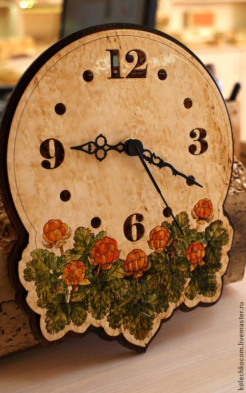 """Часы для дома ручной работы. Ярмарка Мастеров - ручная работа. Купить Часы настенные """"Морошка"""". Handmade. Часы, часы из дерева"""
