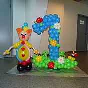 Оформление мероприятий ручной работы. Ярмарка Мастеров - ручная работа Оформление мероприятий: Клоун с цифрой на полянке. Handmade.